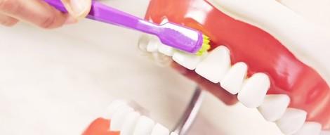 Jak si správně čistit zuby + VIDEO