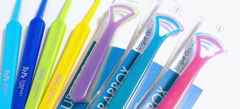 Škrabka na jazyk - užitečná dentální pomůcka