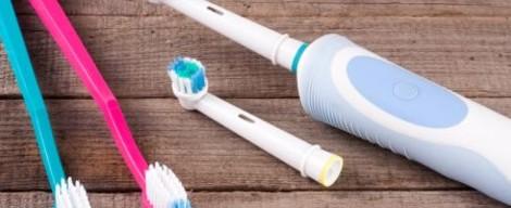 Je lepší elektrický nebo klasický zubní kartáček?